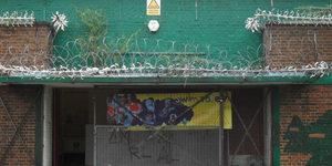 Love Your Lido: Ravaged Kentish Beauty - Charlton Lido