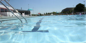 Love Your Lido: Uxbridge Lido