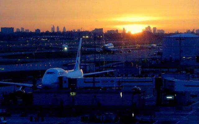 Heathrow sunrise