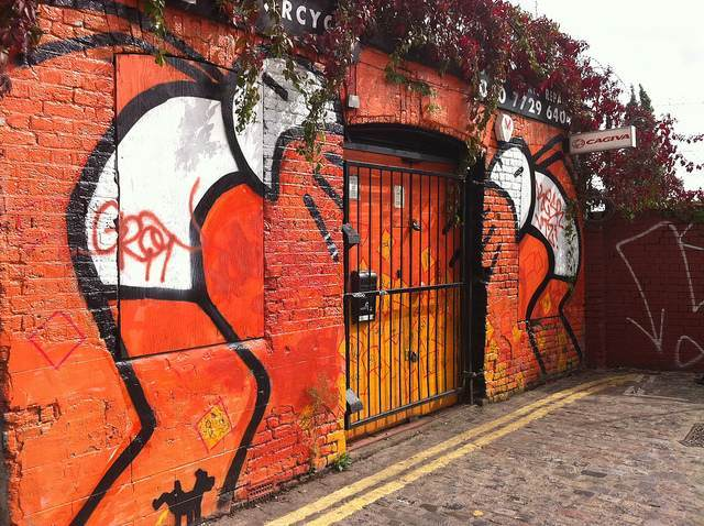 Angry Stik on Grimsby Street. Image by M@.