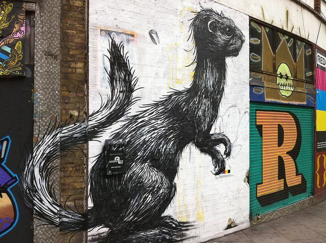 Weasel? Stoat? We confess, we were off sick the day they covered Mustelidae identification at school. In any case, it's another fine piece by Roa, on the outside of the doomed Foundry building in Shoreditch.