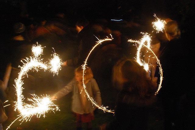 bonfire2010.jpg