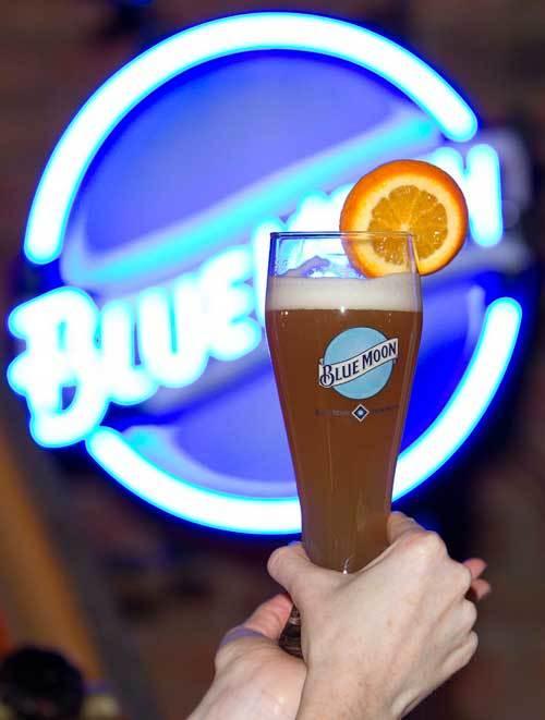 Blue Moon + orange = good