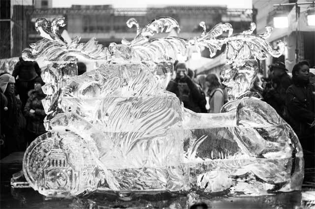 ice-sculpting-canary-wharf-9.jpg