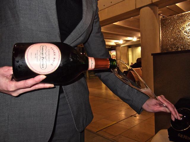 New Bar Review: Searcy's Paddington Champagne Bar