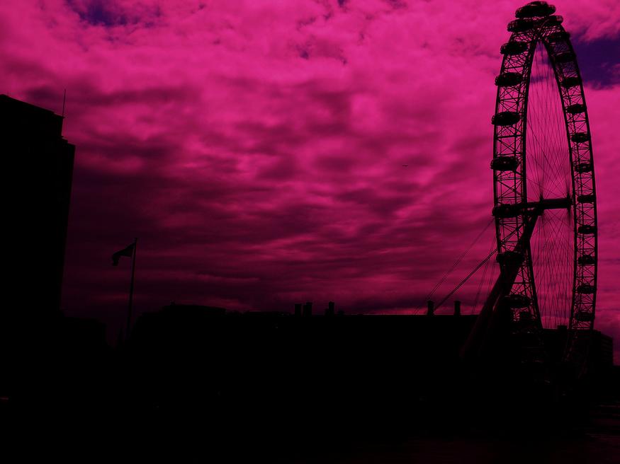 Pink Eye, by Stephskimo.