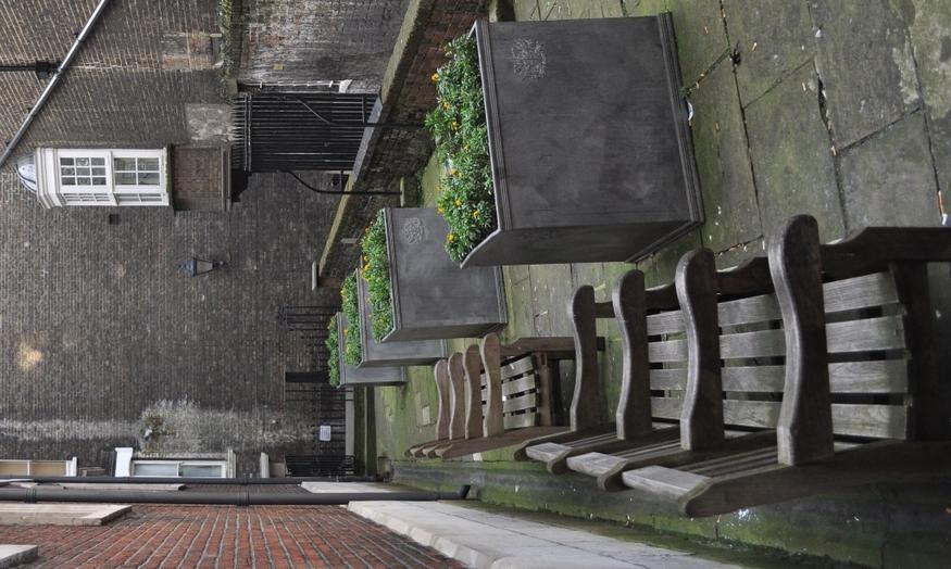 Wardrobe Terrace, EC3