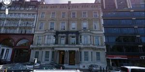 Protesters Occupy Roof Of Libyan Embassy In London