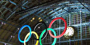 Giant Olympic Rings Unveiled At St Pancras