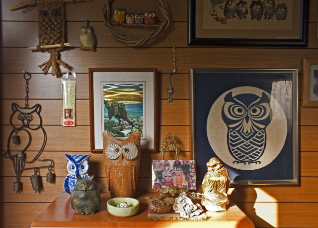 A collection of lucky owls displayed in an entrance hall in an urban home in Osaka, Japan (c) Susan Andrews