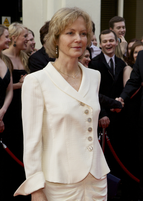 Jenny Seagrove.  The Railway Children won Best Entertainment.
