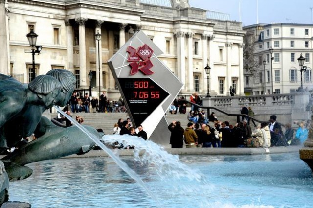 Trafalgar Square Olympic Clock: Stuck Already