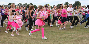 Race For Life In London 2011