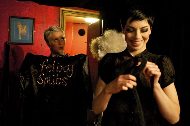 Felixy Splits & Laurie Hagen