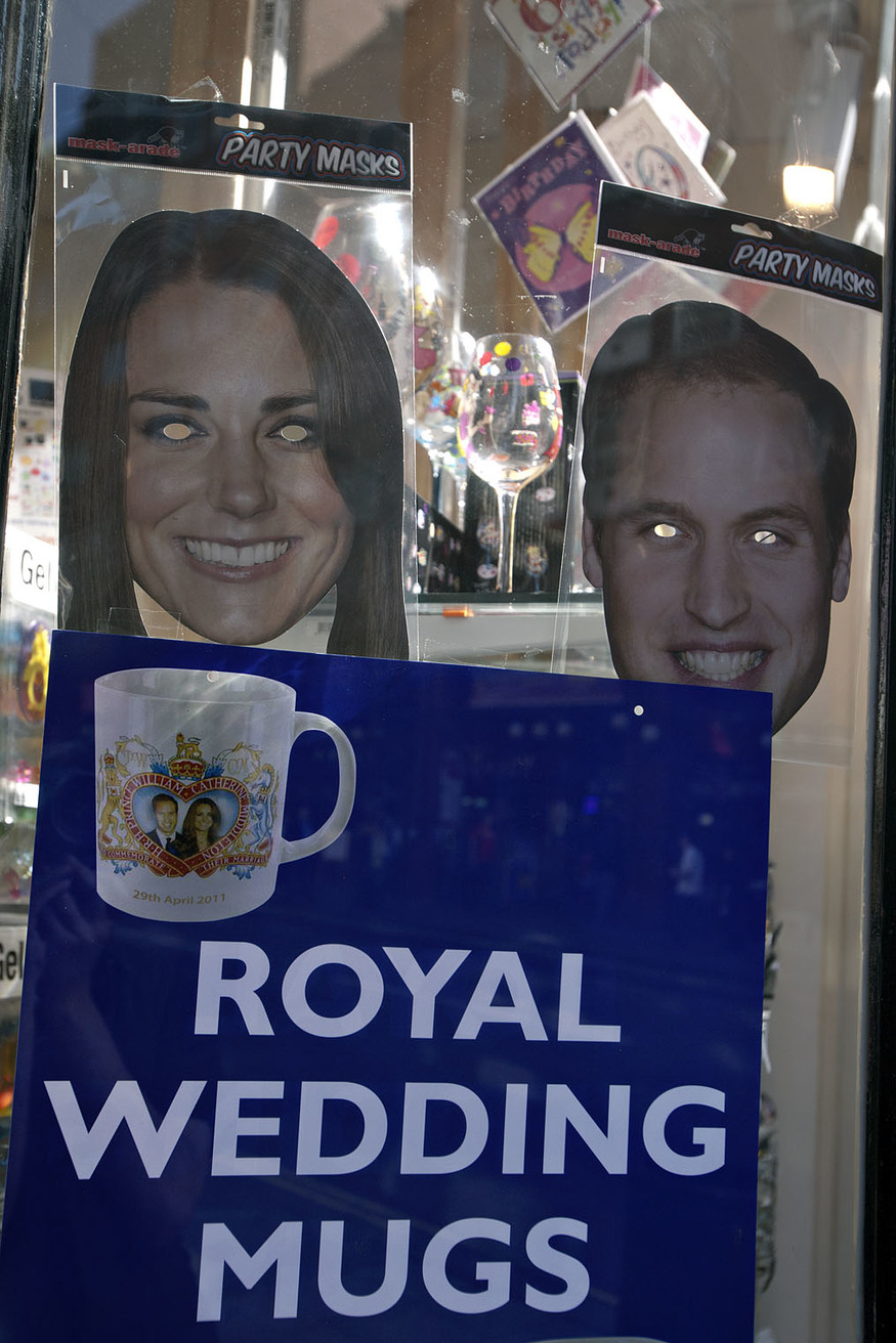 Royal mugshots. Screams 'class'.
