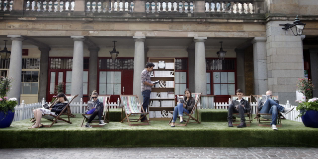 In Pictures: Covent Garden Lawn Library
