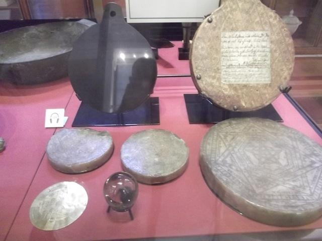 John Dee's instruments