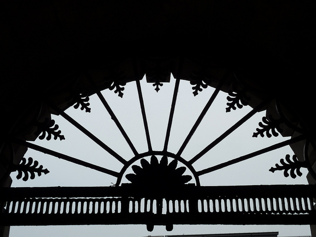 A nice silhouette of Victorian (or earlier) ironwork from Guy's Hospital.