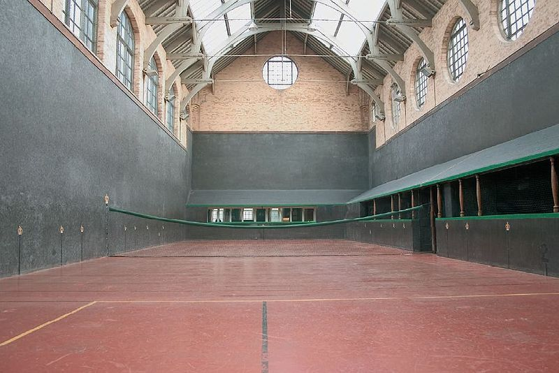 Razorlight Frontman Johnny Borrell Talks About Real Tennis