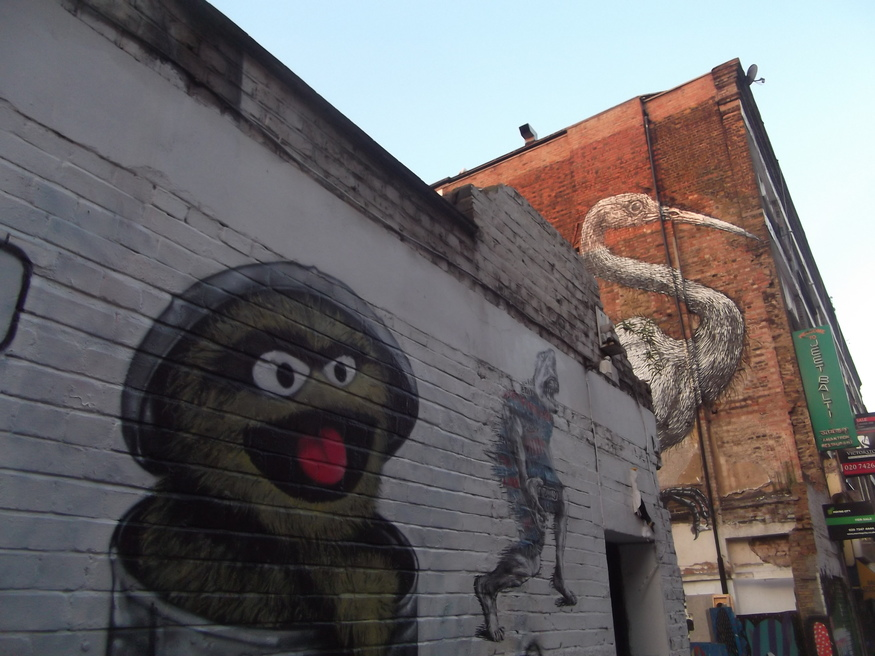 Oscar the Grouch and a Roa