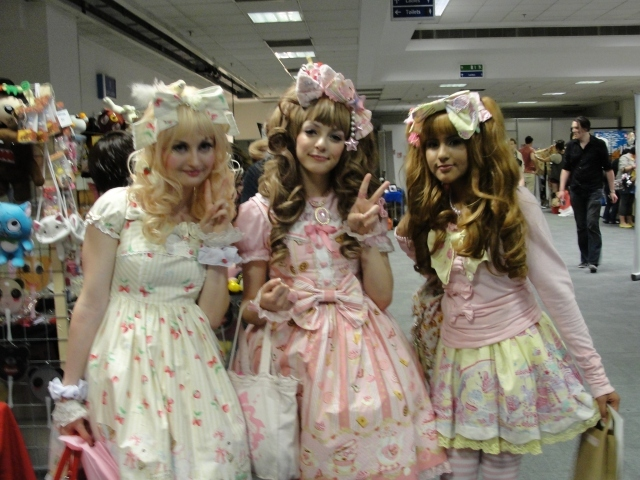 Cosplay ladies