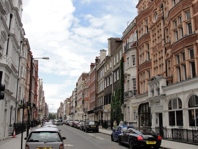"Wimpole Street: ""...it was with infinite concern the newspaper had to announce to the world, a matrimonial fracas in the family of Mr R of Wimpole Street"" (Mansfield Park, Ch 25). Maria Rushworth elopes with Henry Crawford from her husband's house."