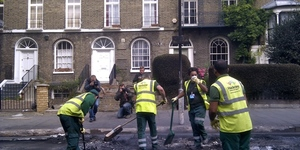 London Riots: Communities Clean Up And Rally Round
