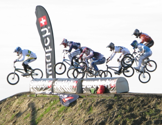 After more than three hours of waiting, and the taster of the time trials the previous day, London finally got its first ever look at the thrillls of world class, wheel to wheel BMX racing.