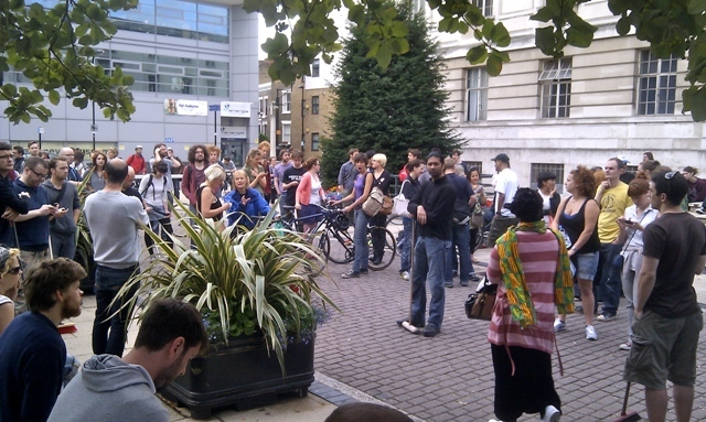 At least 100 turned out to help clean up Hackney by Martin Deutsch