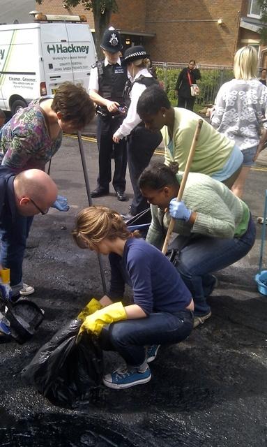 Cleaning up Hackney by Martin Deutsch