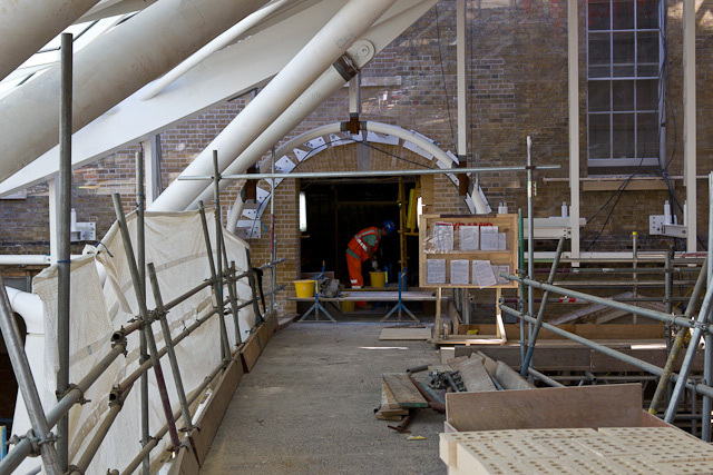 The entrance from the concourse to the new platform access bridge
