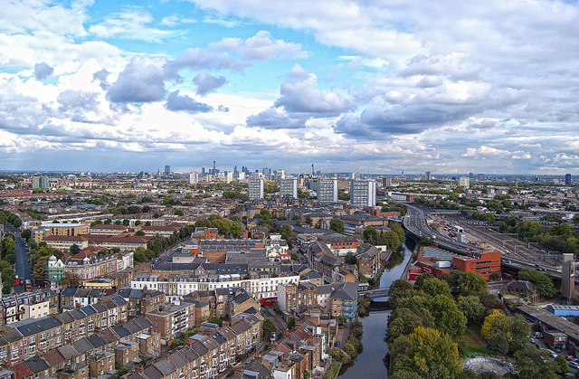 London from Trellick Tower by daveograve@