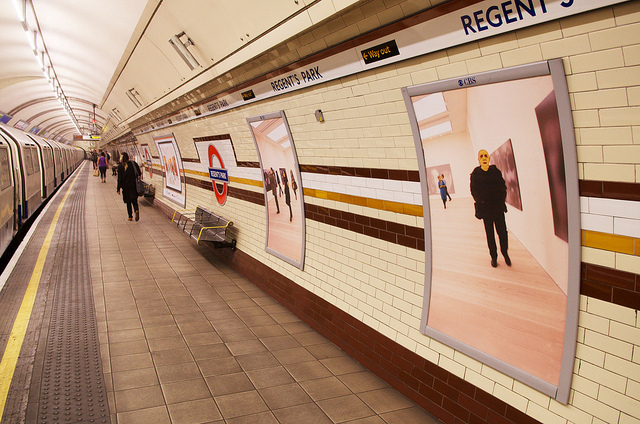 Eleanor Lindsay-Flynn's Yellow Faces at Regent's Park tube station