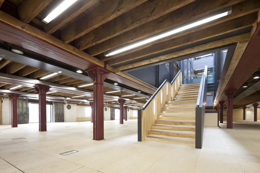 Interior of the Granary Building, showing the mix of materials. Image by John Sturrock, courtesy of Central Saint Martins.