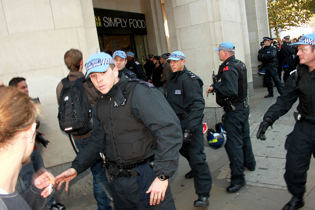 Riot police / photo by Photogregory London
