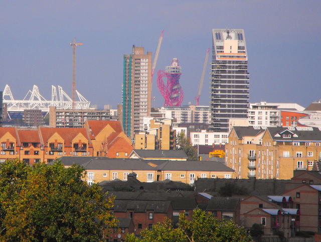 The (zoomed in) view from Greenwich Park. Photo / Surreydweller.
