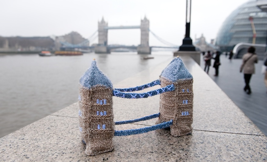 Tiny Tower Bridge, © F&W Media