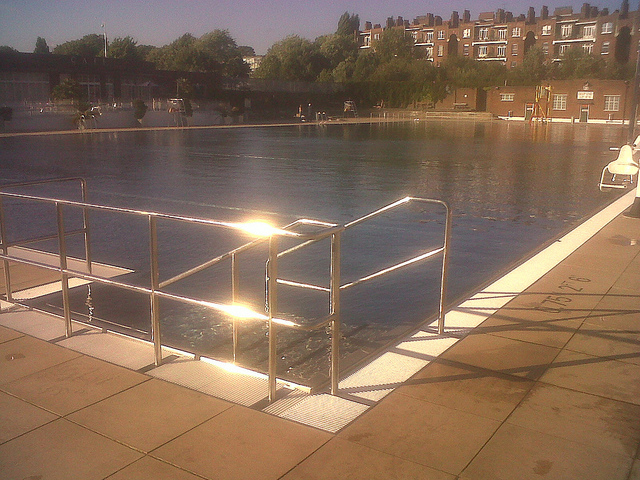 Preview: December Dip @ Parliament Fields Lido