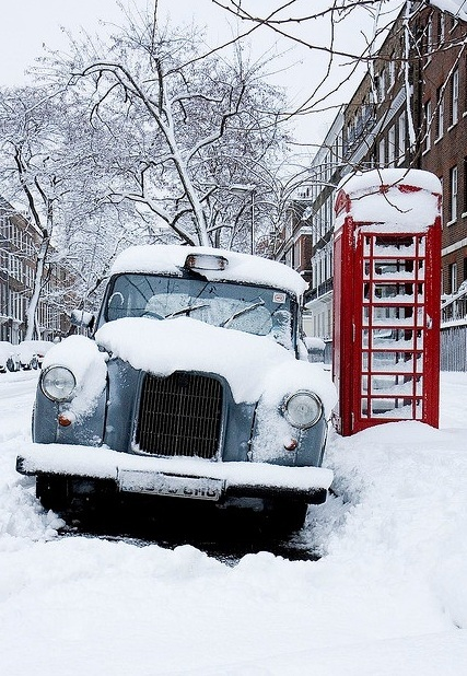 London snow by Dan Silva