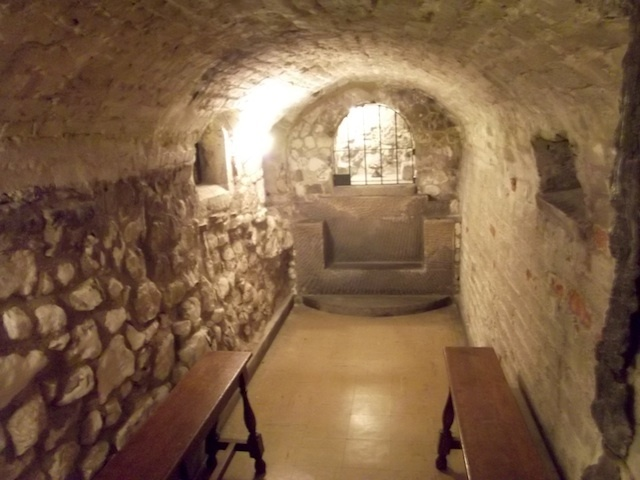 The smallest crypt chapel.