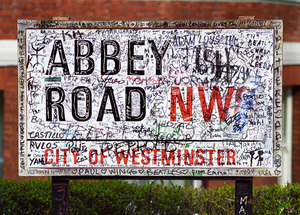 Abbey Road Studio sign