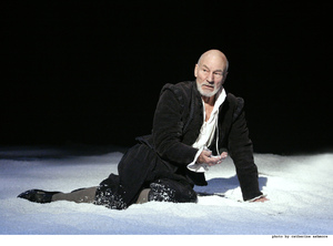Patrick Stewart stars as Shakespeare, credit Catherine Ashmore