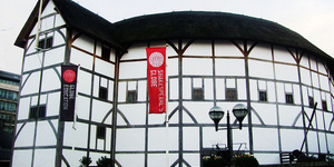 Stephen Fry To Perform At Shakespeare's Globe Theatre