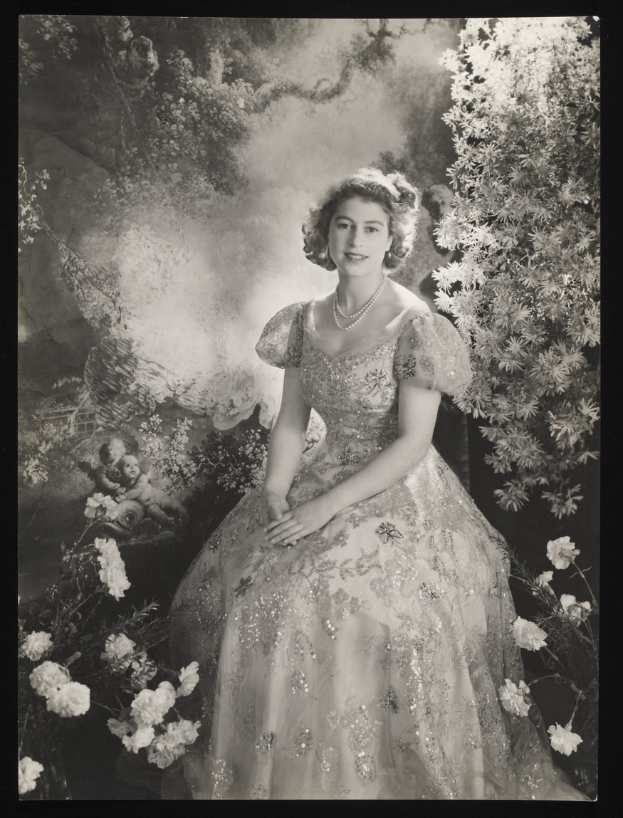 temperament shoes half off get online Exhibition Review: Queen Elizabeth II by Cecil Beaton @ V&A ...