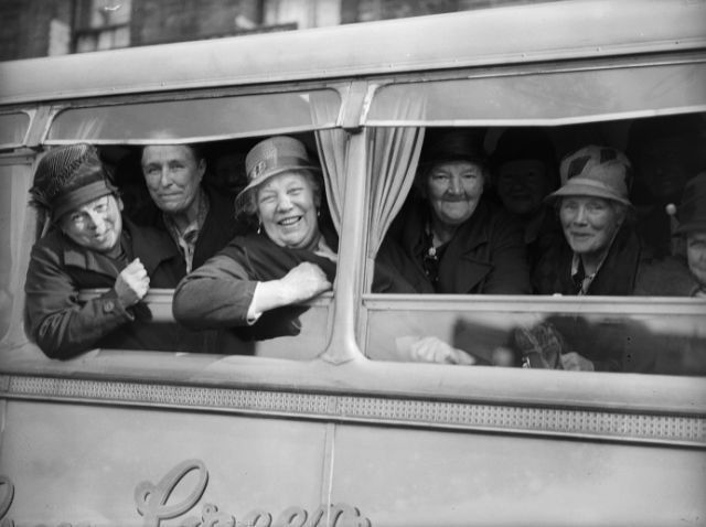 Grannies' Holiday: 14 July 1933: Ninety grandmothers from the East End of London set off from Tidal Basin on their annual outing to Walton, Essex, organised by the Victoria Dock Mission (Photo by Fox Photos/Getty Images)