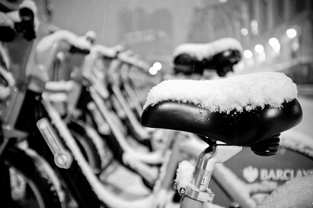 london_snow_boris_bikes.jpg