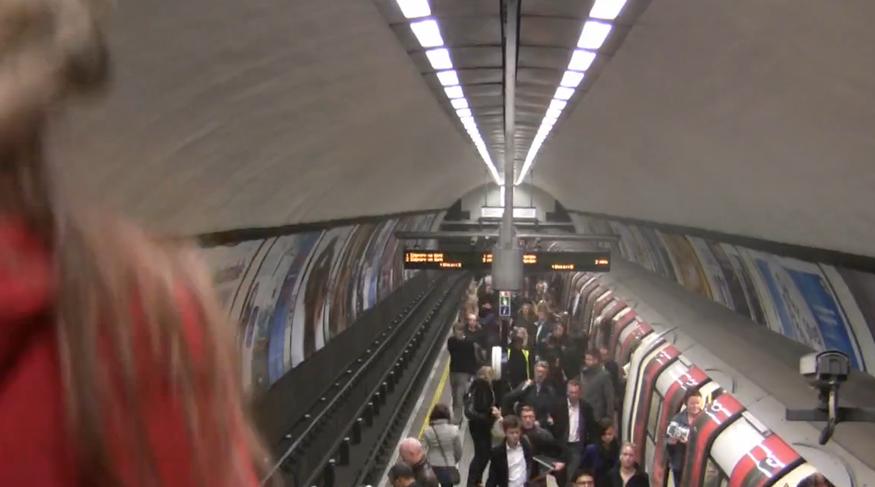 London Underground Looks Pretty When Speeded Up