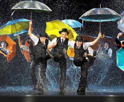Theatre Review: Singin' in the Rain @ Palace Theatre