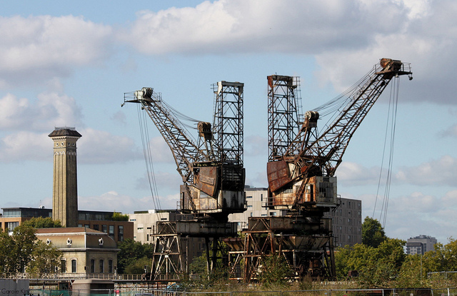 Coal Cranes at Battersea Power Station by curry15