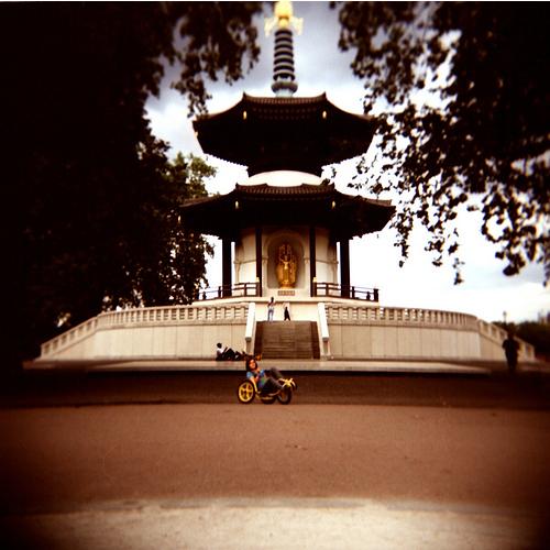 Battersea Park pagoda by Anatoleya